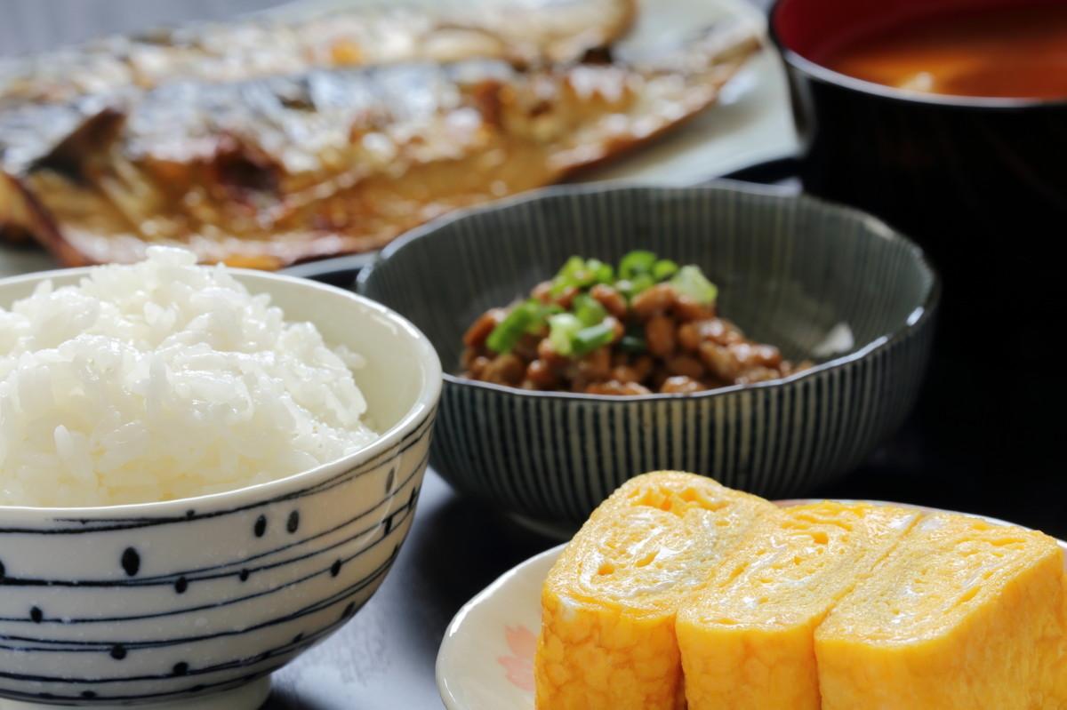 もやし豚汁のレシピ/作り方:白ごはん.com
