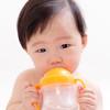 新生児の赤ちゃんには湯冷ましは必要なの? 作り方と注意事項を紹介