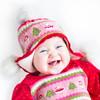 赤ちゃんの冬の服装・肌着の疑問を解消!室内から外出、就寝時とシーン別に解説