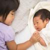 どうすればいい?新生児の寝かしつけ(上の子がいるとき編)