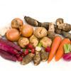 野菜の皮むきが簡単にできる裏技をご紹介!食事つくりに役立てよう