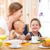 大人の食事からの取り分けはいつから離乳食に使える?おすすめレシピ10選