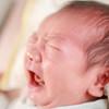 新生児が夜に寝ない理由は?昼夜逆転の原因と対策