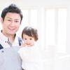 実はイクメン。ロバート秋山さんの愛があふれる独自の育児方法がユニーク♡