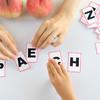 早期英語教育、習わせる?まだ早い?問題点や双方の主張について解説