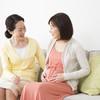 出産後の里帰りはいつからいつまで?車・飛行機・新幹線、ママたちの体験談