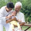 「孫育て」、祖父母と孫の関わり方と嫁としての心得