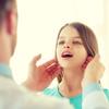 子供の首にあるしこりはリンパ節炎?症状や種類、治療法について