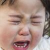 先輩ママのお墨付き! なかなか泣きやまない子供におすすめの曲8選