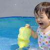 男の子も女の子も!水遊びにおすすめおもちゃ10選&手作りおもちゃ4選