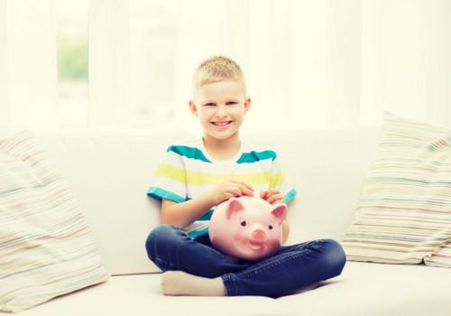 親子で貯金箱作りイベント