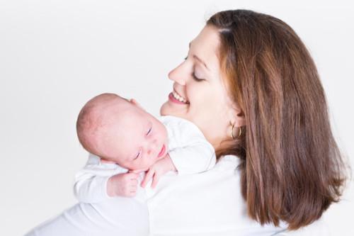 赤ちゃん ママ 生まれた