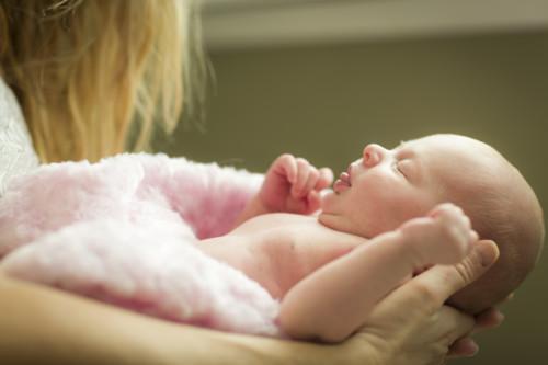 赤ちゃん 新生児