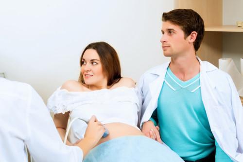 病院 女性