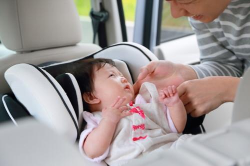 赤ちゃん 車