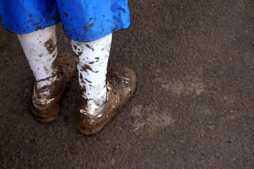 泥汚れ 靴下