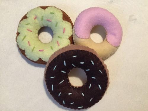 筆者が実際に作ったおもちゃのドーナツ