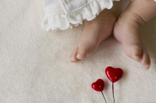 赤ちゃん 足