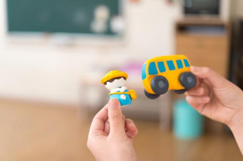 幼稚園 バス