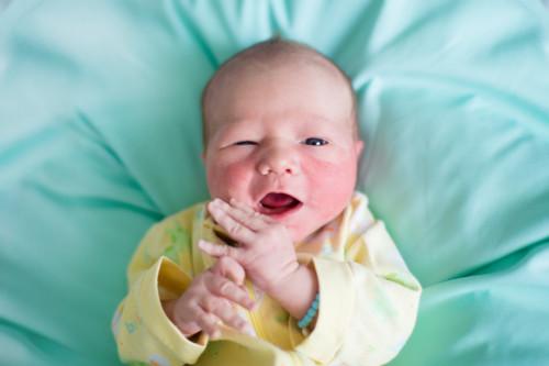 新生児 グリーン