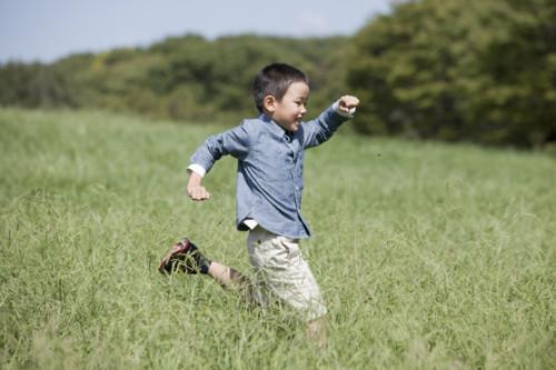 男の子 日本人 空