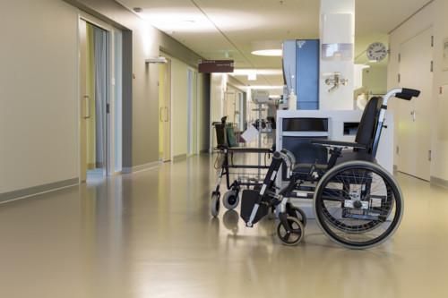 病院 入院 車椅子