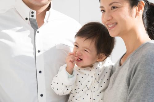 家族 外 笑顔 日本人