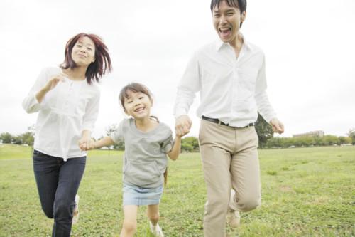 家族 笑顔 日本