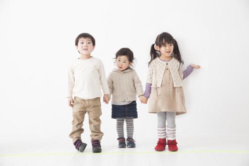 子供 日本 並ぶ
