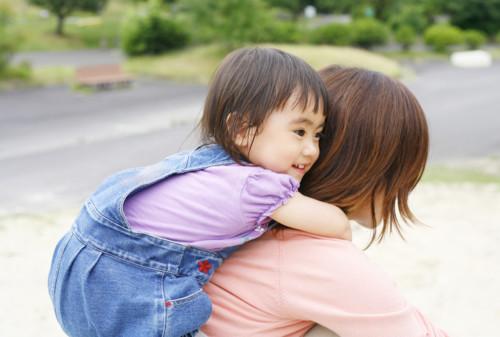 子供 親 日本 2歳