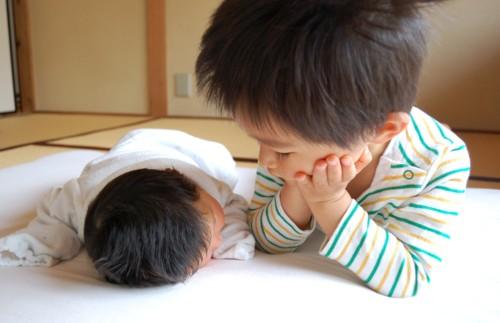 兄弟 赤ちゃん