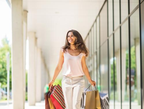 女 買い物