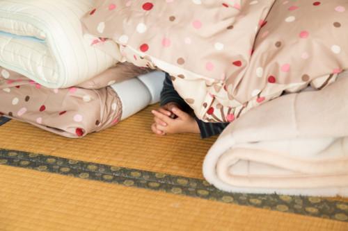 ベッドの下