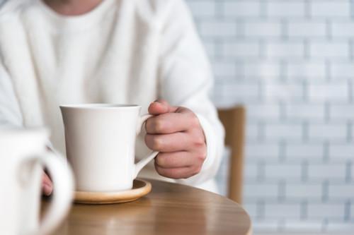 カフェ 手元