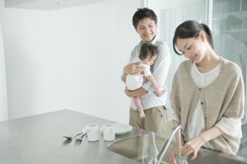 女性 洗い物