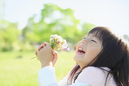 子ども 花